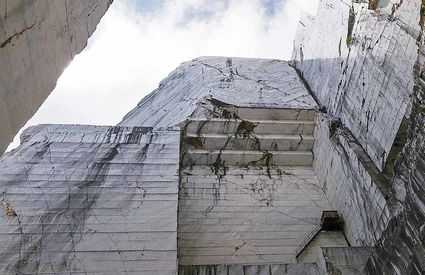 Henraux Cervaiole marble quarries