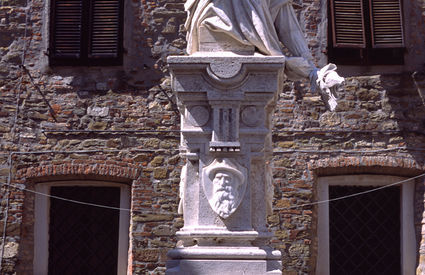 Monument by the Pasquali brothers in Scarlino