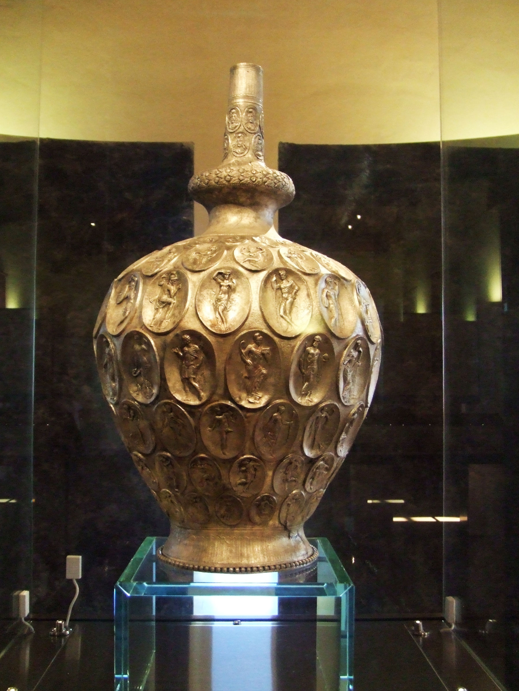 Piombino - A story from the sea: the silver amphora of Baratti
