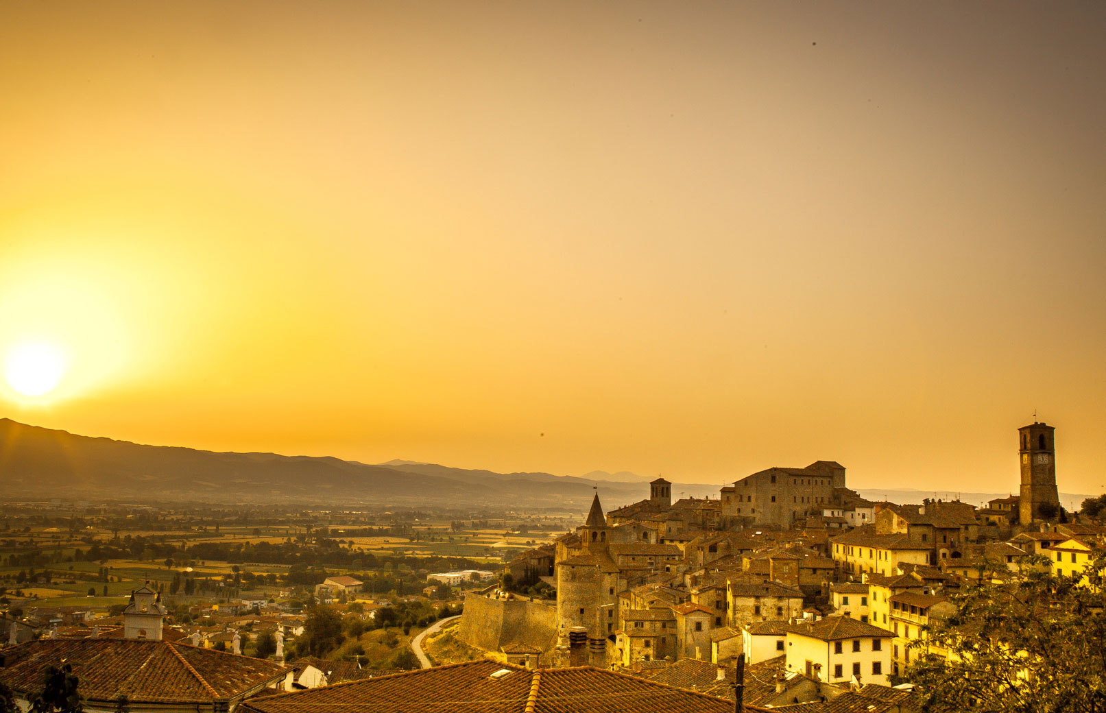 Anghiari - Anghiari: city streets and the Battle of Leonardo Da Vinci - Tuscany, Beautiful Everywhere