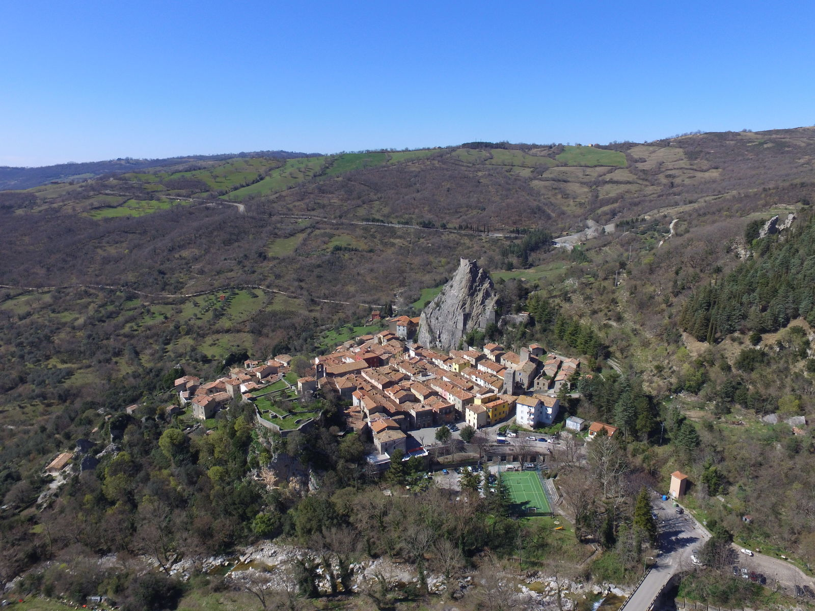 Roccalbegna - A stone village forged in fire - Tuscany, Beautiful Everywhere