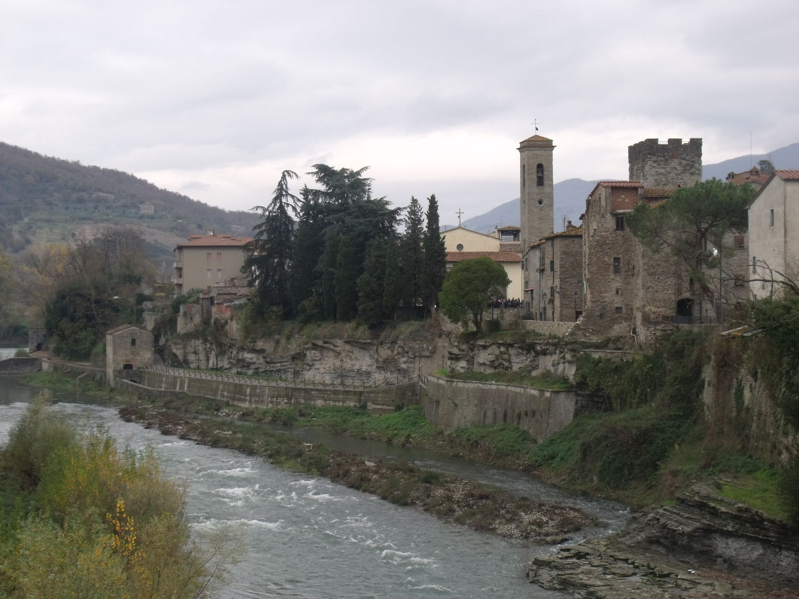 Subbiano - Between the banks of the Arno and the Casentino