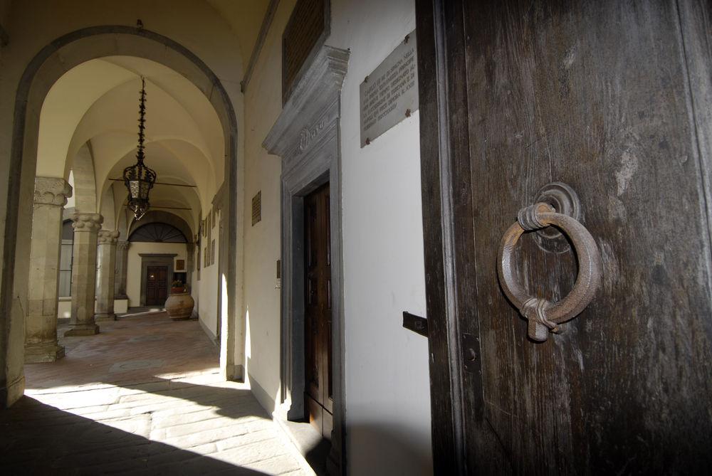 Figline e Incisa Valdarno - Un fantasma in villa. Anzi, due