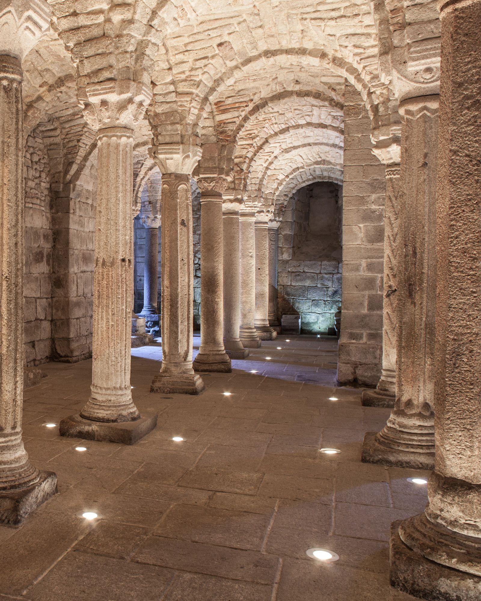 Abbadia San Salvatore - Una storia scavata nella roccia