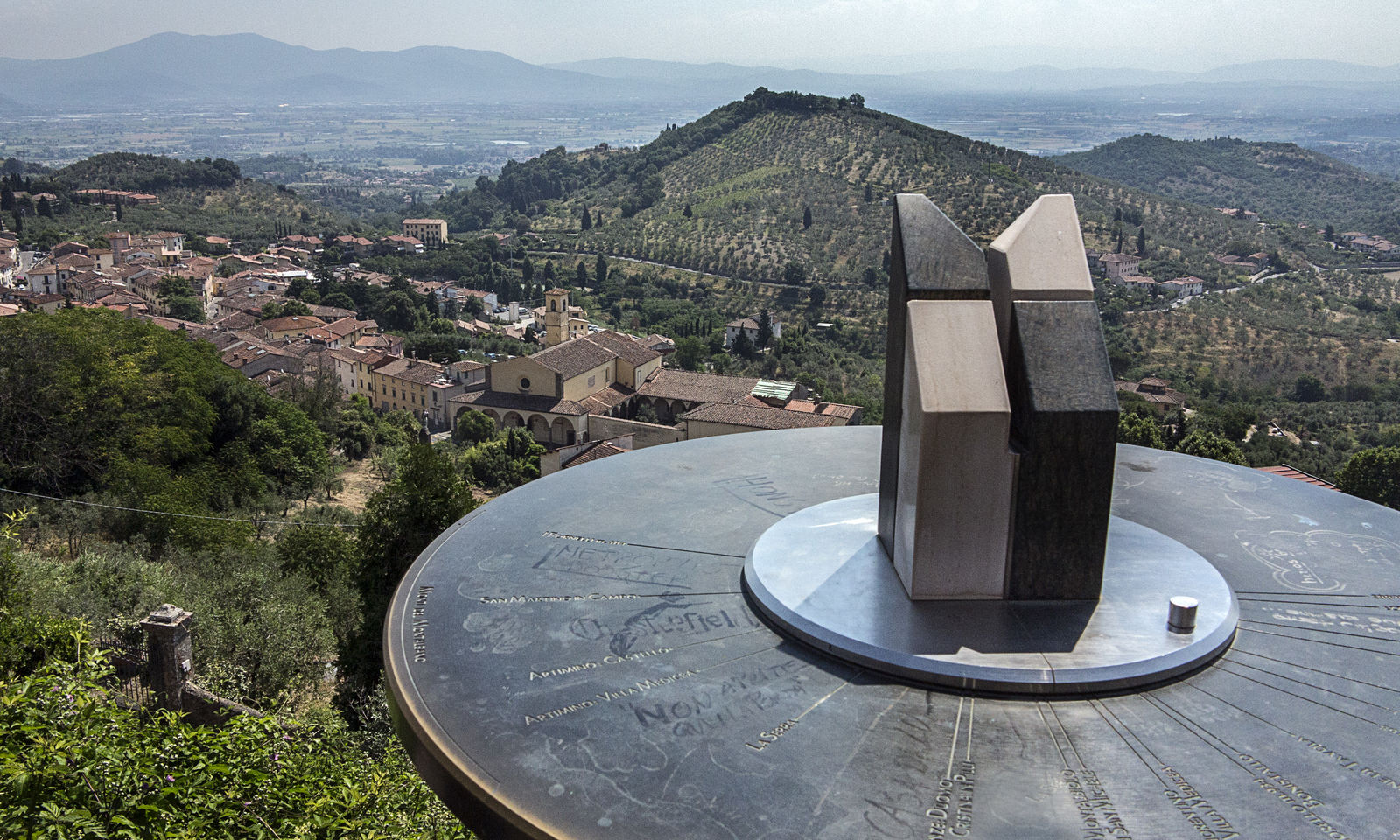 Carmignano - Armonia di colori nel cuore della Toscana - Toscana Ovunque Bella