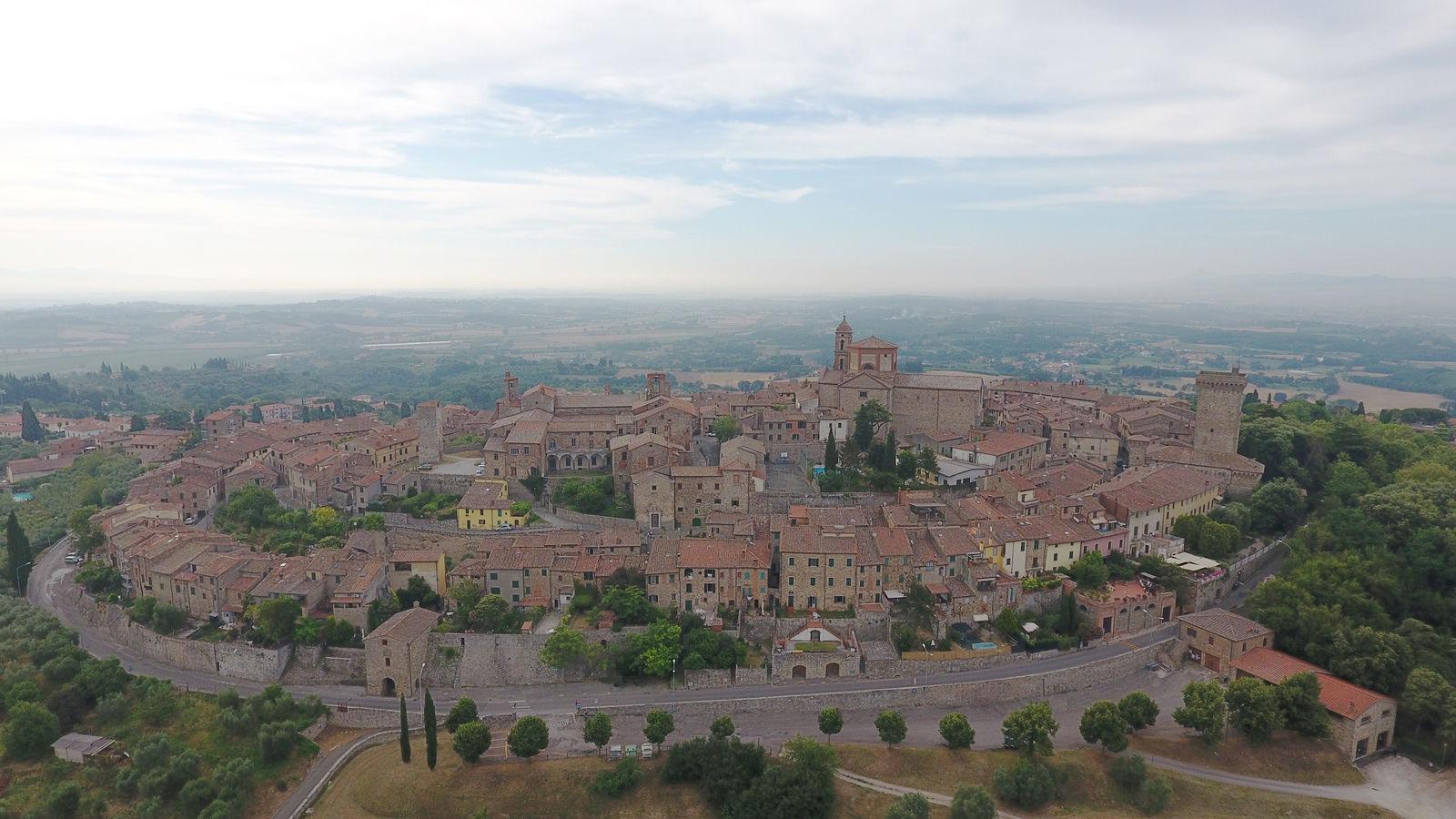 Lucignano, Panorama