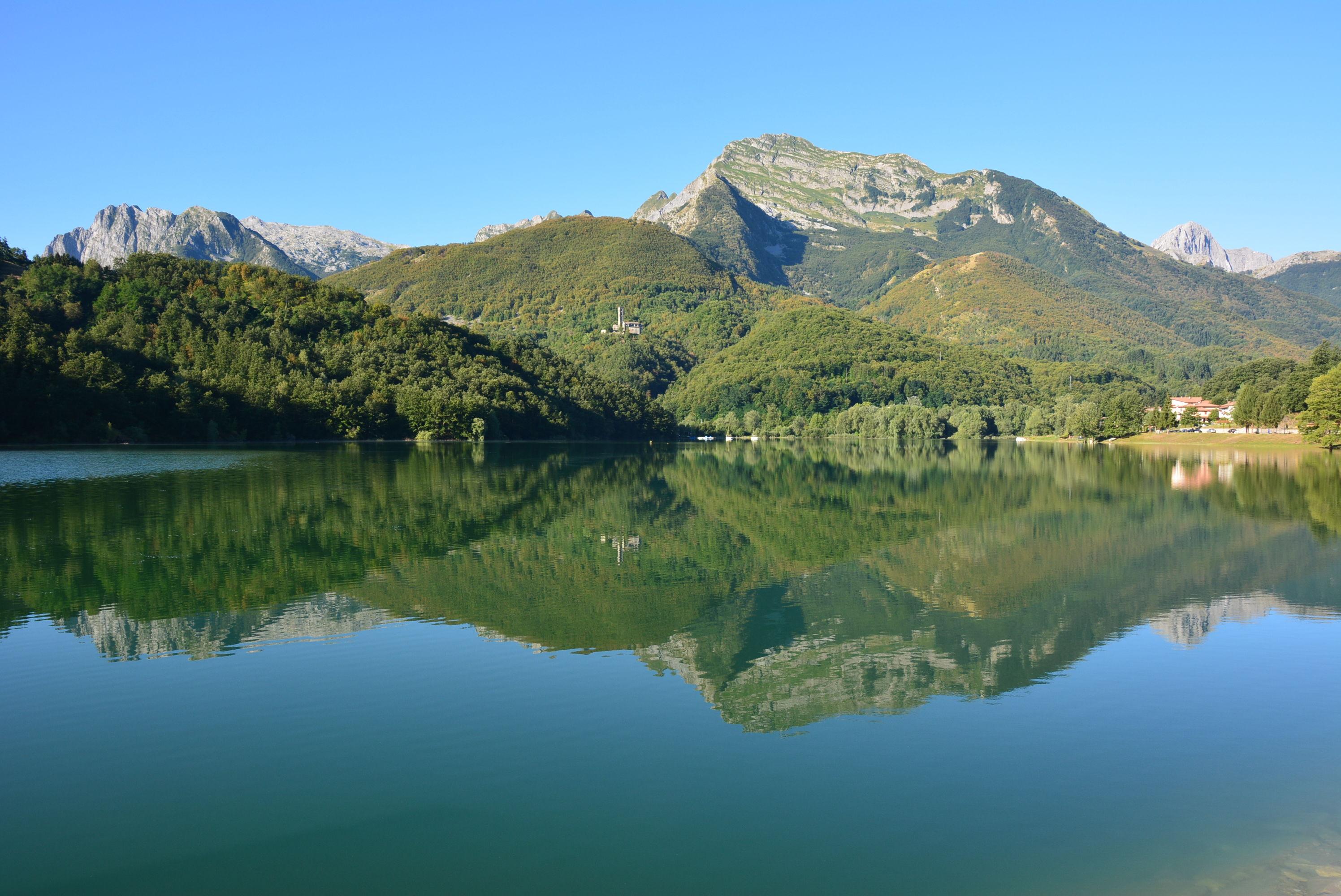 Minucciano - Persa tra le Apuane c'è una valle che cela un segreto