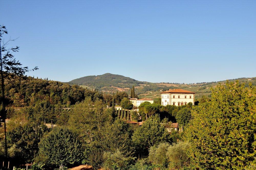 Rufina - La Villa del Vino: tradizioni, miti e leggende - Toscana Ovunque Bella